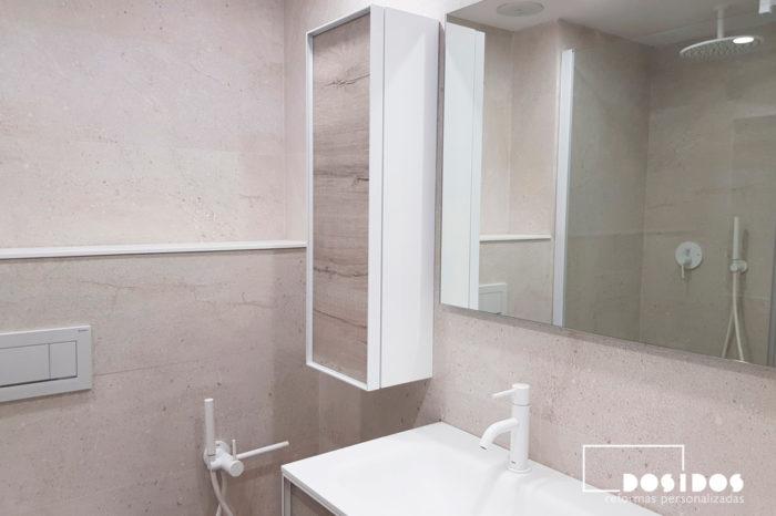 Baño Porcelanosa moderno mueble madera