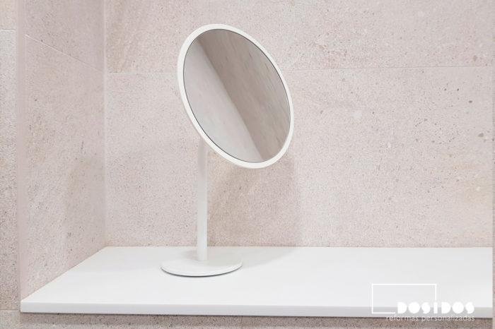 Espejo decorativo aumento moderno baño blanco