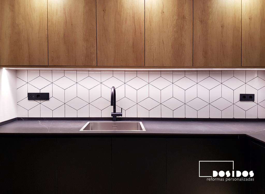 Muebles de cocina negra madera 2021